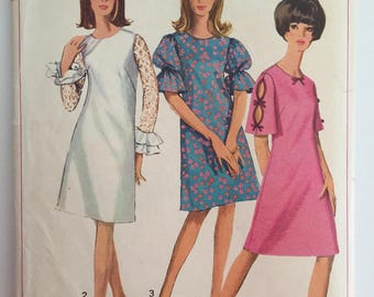 Simplicity 6496 - Size 16 Bust 36 - 1960s Shift Dress with Round Collar and Bell Sleeves - Three Variations