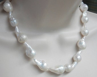 "White baroque freshwater pearl, baroque pearl nugget, fireball pearl  (20-26x-12-15mm),  full strand (16"")"