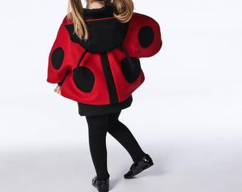 Girls Ladybug Cape// Spotted Ladybird Capelet// Felt Ladybug Cape// Wool Winter Cape// Handmade Girls Clothing
