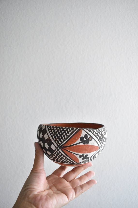 hand painted red clay mexican bowl / flower floral