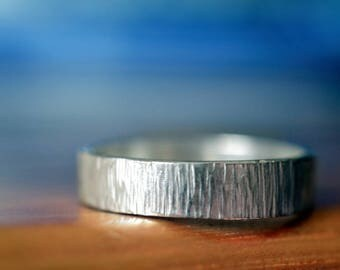 Birch Bark Wedding Band, Custom Engraving, Rustic Hammered Sterling Silver Ring, Men's Wedding Band, Personalized Tree Bark Jewelry