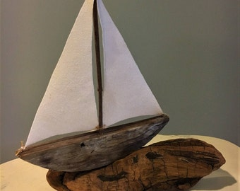 Driftwood Sailboat // Driftwood Art // Driftwood Beach Decor // Nautical Decor // Coastal Decor