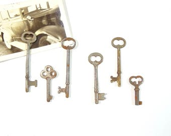 Vintage Skeleton Keys, Set of Six