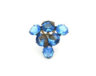 Art Deco Dress Clip. Czech Oval Crystal Fruit Grapes Cluster, Open Backs. Sapphire Blue. Metal Leaf Overlay. Vintage 1930s Art Deco Jewelry.