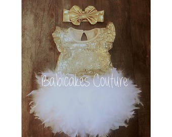 Babys 1st Christmas, Full Feather Tutu, Baby Gold Sequin Bodysuit, Gold Headband, White and Gold 1st Birthday, 1st Birthday Girl Outfit