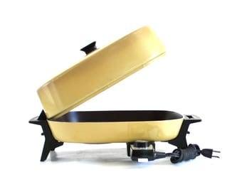 General Electric Skillet BISK27HRT GE Electric Frying Pan Vintage 1970s Harvest Gold