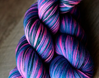 "Sock yarn - 100% SW Merino - Autocorrect - ""Under Anastasia"""