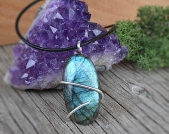 Blue Labradorite Necklace, Sterling Silver Labradorite Necklace, Labradorite Cabachon, Large Labradorite Necklace, Labradorite on Cord
