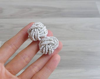 10-25% OFF Code In Shop - Vintage 60's White Seed Bead Knot Earrings