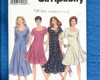 Simplicity 8946 Flared Flirty Dresses Pattern Size 26W to 32W UNCUT