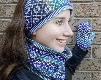 "Women's earband/cowl/mittens set (""Fouilloy"") knitting pattern (PDF)"