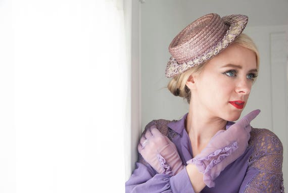 Vintage purple side-tilt hat, 1930s 1940s straw, light lavender, white ruffles, mini hat fascinator