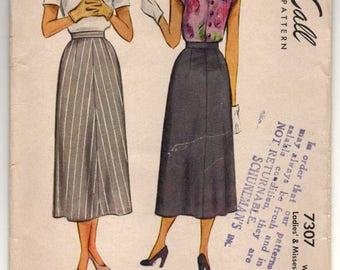 """1940's McCall A-Line Skirt Pattern - Waist 24"""" - no. 7307"""