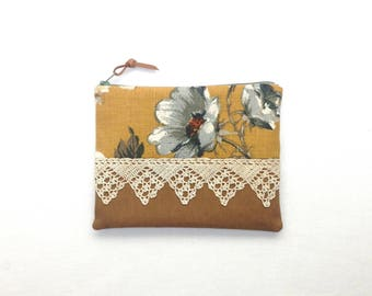 Grey Roses & Lace Clutch Bag