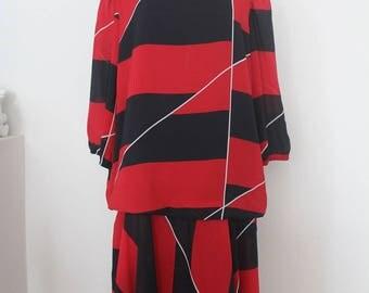 Vintage Black&Red dress