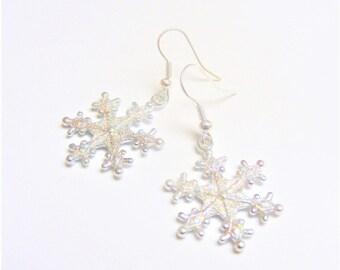 Snowflake Earrings, Christmas Earrings, Snowflake Charm, Snow Flake Earrings, Christmas Jewelry, Xmas Jewelry, Christmas Jewellery, Winter