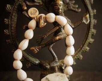 Anaharta, Heart Chakra Mal Bracelet, Green Quartz, Vaijayanti Seed and Loyus Silver Charm