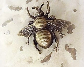 Bumble Bee Pin, Bee Pin, Mori Girl Bee Brooch, Shabby Chic Pin, Antique Brass Bee Pin, Bertha Louise Designs