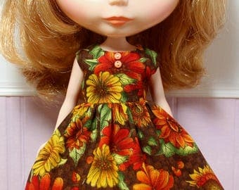 BLYTHE doll Its my party dress - fall flowers