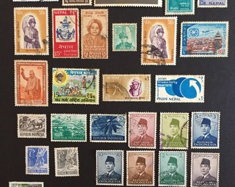 Nepal Indonesia Jamaica New Zealand Postage Stamps Around the World Lot of 33 Vintage