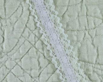 19 YARDS, WHITE Lavender 3/4 Inch, Lace Insertion Sewing Trim, Princo Debbie, Satin Ribbon Center, L20