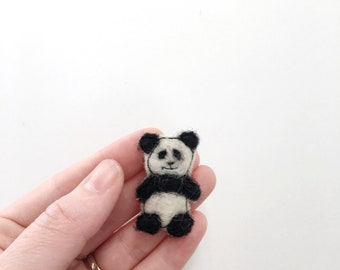 Panda pin felt brooch needle felted animal wool felt animals panda gifts nature lover gift for her nature jewelry brooch felting hat pin