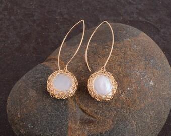 Gold Dangle Earrings, Pearl Earrings, Pearls In Nest , Hanging Earrings, Long Earrings , Pearls Jewelry, 14K Gold Filled, Handmade Crochet