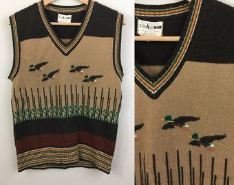Vintage 70s Novelty Sweater Vest Flying Ducks Geese CollageMan Mens Unisex M/L