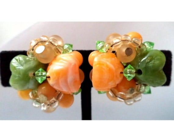 Estate Vintage Signed  HONG KONG Flower Citrus Colored Cluster Bead Clip Earrings