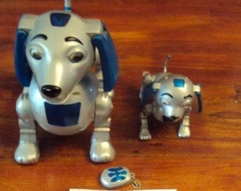 Trendmaster Big Scratch & Lil Scratch Robotic Dogs With Remote/batteries