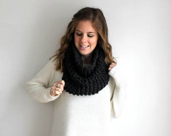Sample SALE Knitted Scarf Cowl Knit Chunky Charcoal- Sotterley Cowl