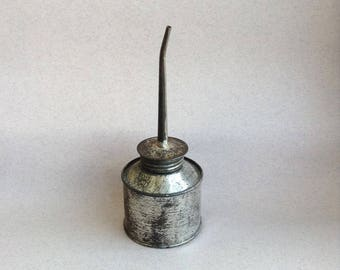 Soviet vintage rustic oil can  Retro 1960s 70s  Olier lubrication mechanisms Vintage Home Soviet farmhouse oil can Retro metal olier