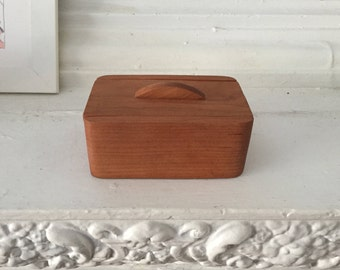 Cherry Swoop Box with Lid