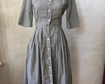 Dallas Junior Set  B&W Gingham 1950s Button-Up ShirtDress