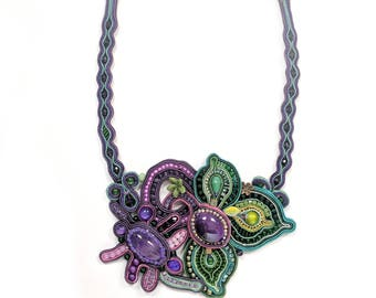Soutache necklace - Soutache jewelry - Purple and green necklace - Ombre necklace - Chunky necklace - Big bold jewelry - Statement necklace
