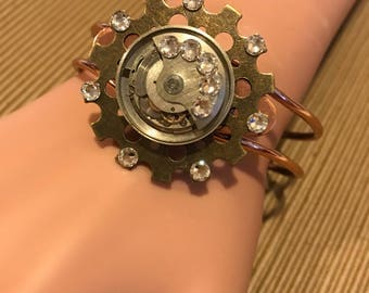 Moving Steampunk Cuff, Copper Cuff, Steampunk Bracelet,Steampunk Jewelry, Clockworks, Watch Movement, Cosplay, Neo Victorian