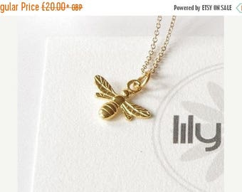 ON SALE Gold Bee necklace,birthday necklace, bee jewelry, bee pendant, honey bee necklace, nature jewellery, bee charm, bee gift for her, bu