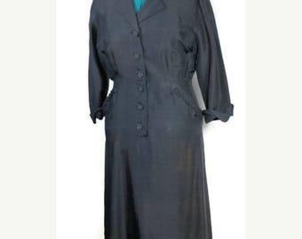 SALE 1940's Silk Dress. Vintage Lady's Silk WII ERA Day Dress SizeXl