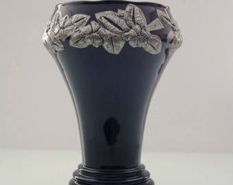 Art Deco vase by hyaliet-glass tin decoration of the Doyen glass factory Belgium.