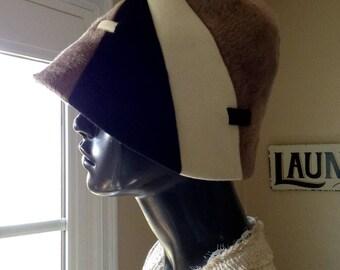 SCHIAPARELLI Taupe Felt Bell Shaped Hat