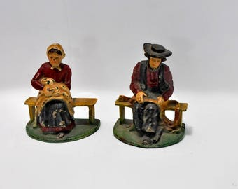 Cast Iron Book Ends Amish Man Woman Couple Working Storage Display