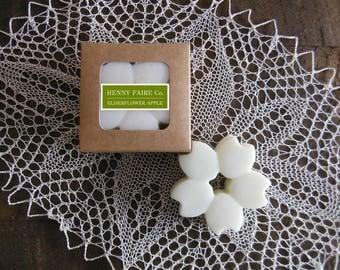 wax blossom elderflower apple | scented wax melt botanical wax tart | natural floral apple fragrance with lemon & oakmoss