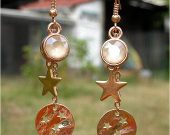 Chic earrings in rose gold * rhinestones and stars *.