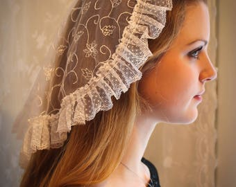 Evintage Veils~ Princess Style Sacre-Coeur Traditional Catholic White Lace  Mantilla Chapel Veil
