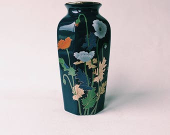 FOR A ROMANTIC vintage Japanese dark blue gold red vase small flowers