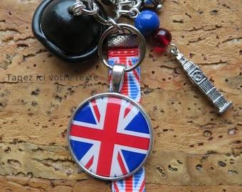 "MINI lucky charm, keychain or purse jewelry to ""I love London""."""