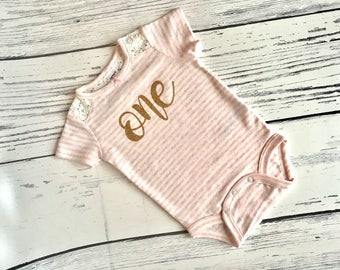 1st Birthday Onesie, 1st Birthday Bodysuit, 1st Birthday Shirt, First Birthday Pink and Gold Onesie, Pink and Gold 1st Birthday Onesie