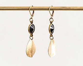 Ebony Drop // Hammered brass & black drop earrings