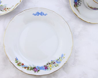 VSC Hand-Painted Dessert plate with small flower with ribbon