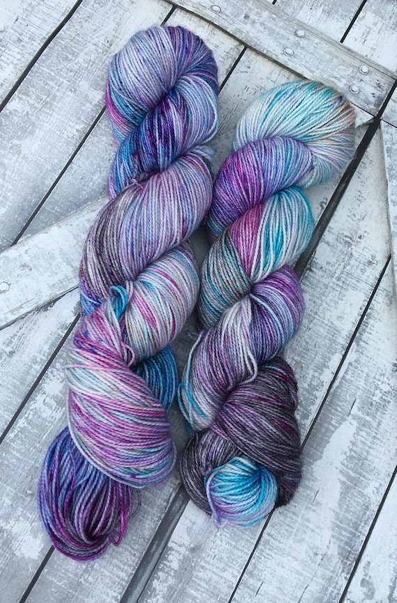 Sock Yarn - Sea Witch,Hand Dyed Yarn,Indie Dyed Yarn,Fingering Weight,80/20 Superwash Merino Nylon,Gift for Knitters,Toad Hollow Yarn